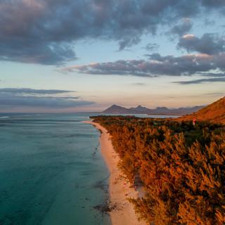 colours-of-mauritius--5UEyBFp-fE-unsplas