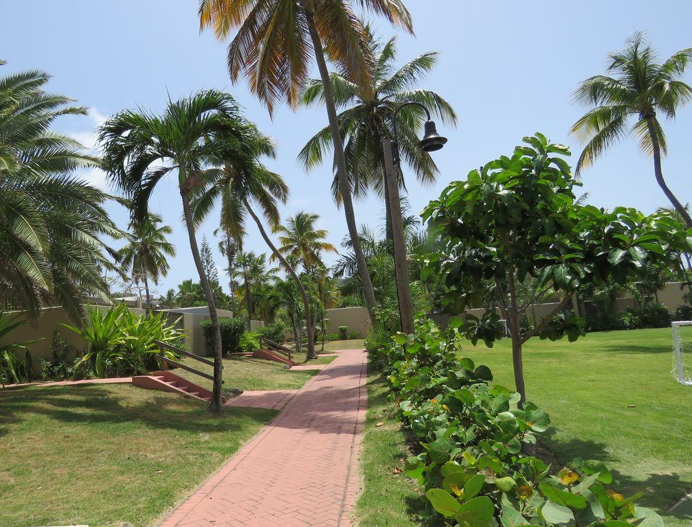 The Walkways of Pineapple Village