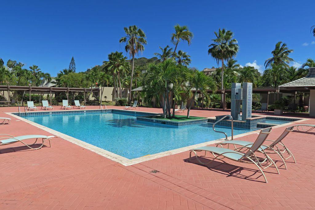 Pineapple Village Pool