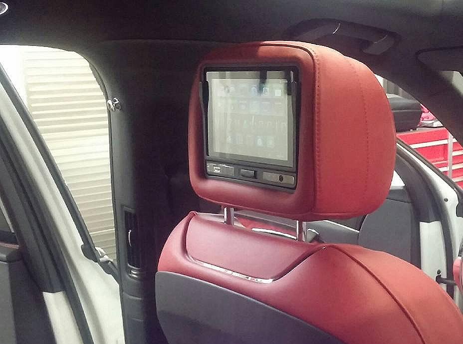 Bentley Bentayga.jpg