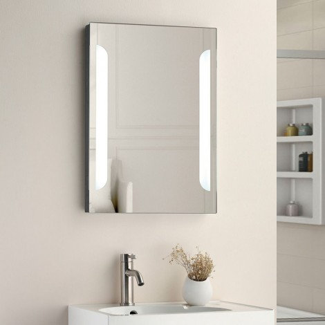 Carlisle MIR005 700mm x 500mm LED Mirror