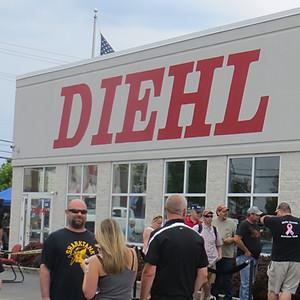 Diehl of Robinson Car Show