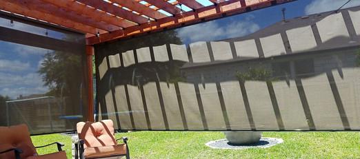 Sun shade solution for pergulas.
