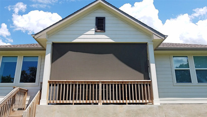 Pflugerville TX outdoor patio blinds.