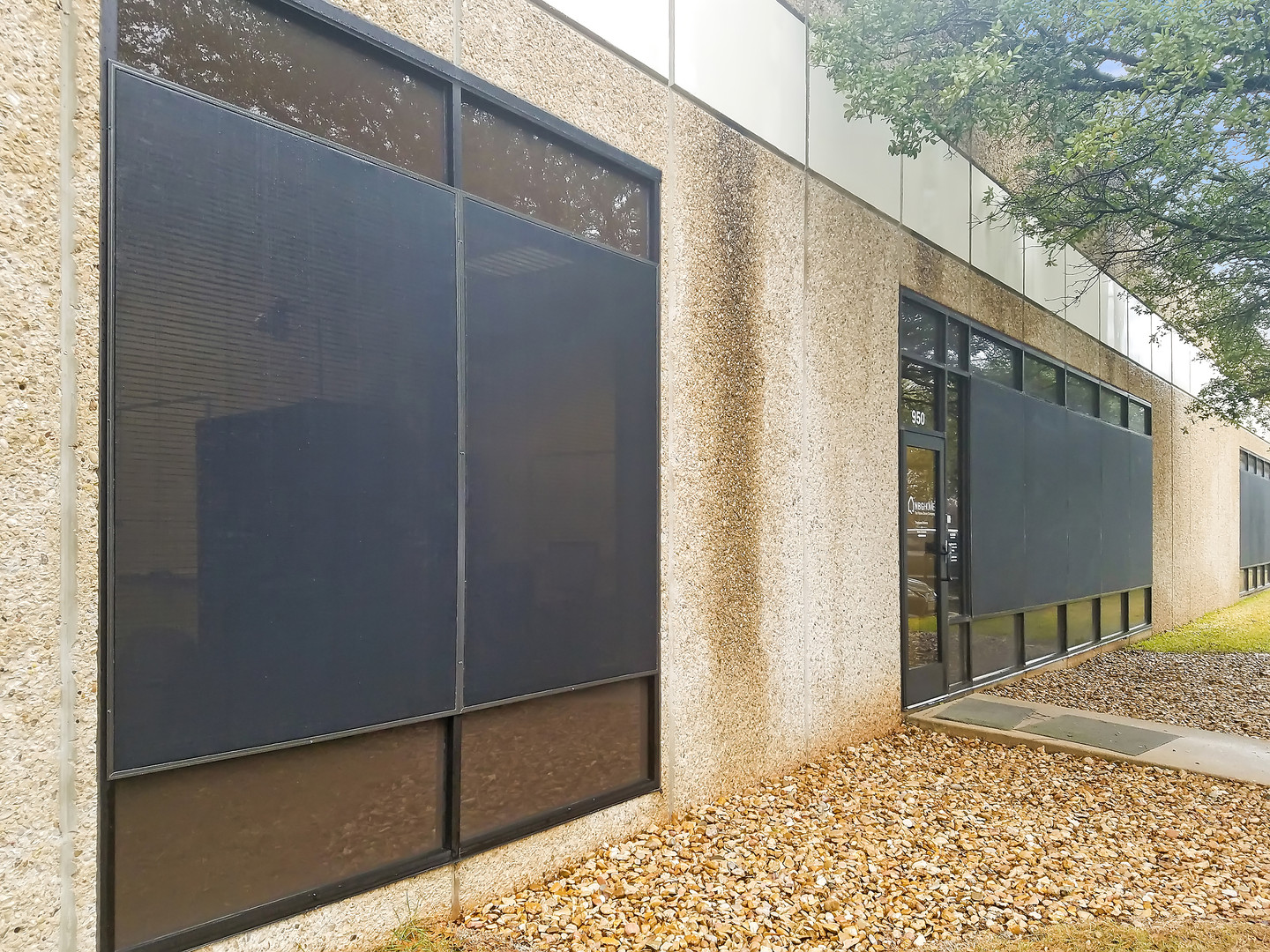 Commercial exterior window shades Austin TX.