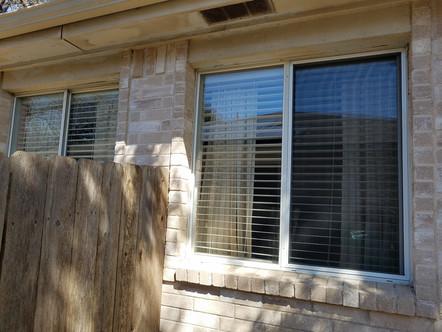 Bug screen for horizontal sliding window.