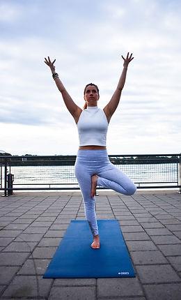 Yoga posture equilibre