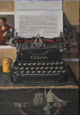 Typewriter with postcards.