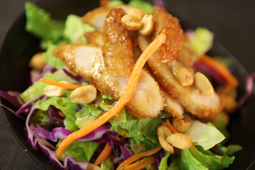 Maejoo Mixed Green Salad with  house-made Sesame Dressing  (Chicken)