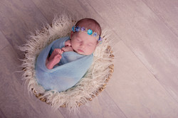 Newborn wrap photos, Essex