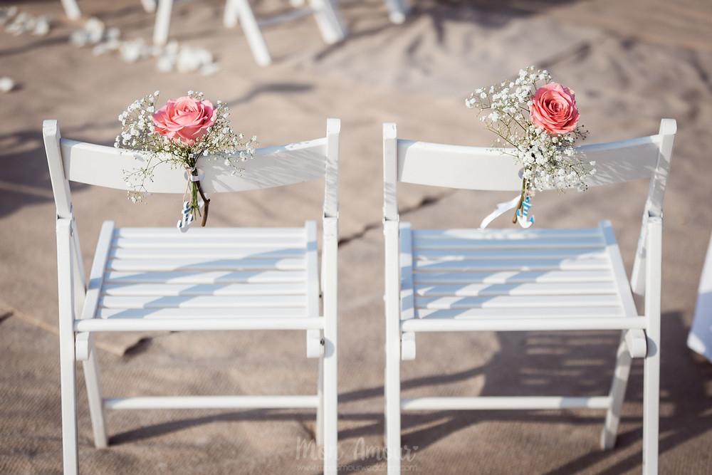Boda marinera al atardecer en la playa en Hotel Le Méridien Ra, el Vendrell. Vestido de novia de Rosa Clarà, fotografía natural de bodas en Tarragona - Mon Amour Wedding Photography by Mònica Vidal
