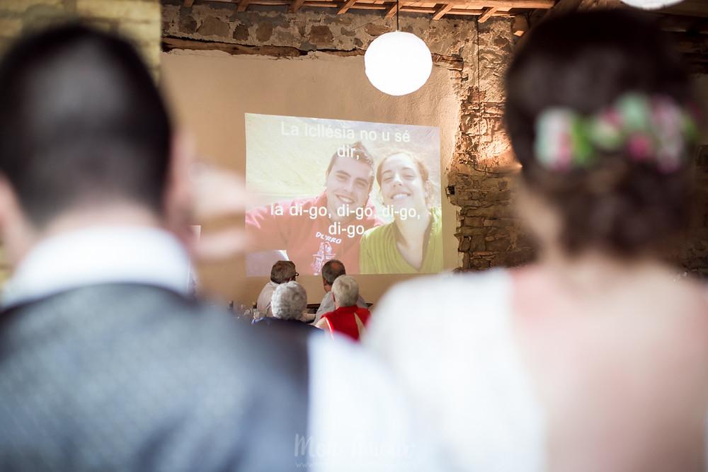 Boda en primavera en la Tria de Perafita, vestido de novia de Mireia Barcelona, traje de novio de Black Pier, flores de Alma Flors, cátering de Grup Tomás, fotografía natural de bodas en Barcelona - Mon Amour Wedding Photography by Mònica Vidal
