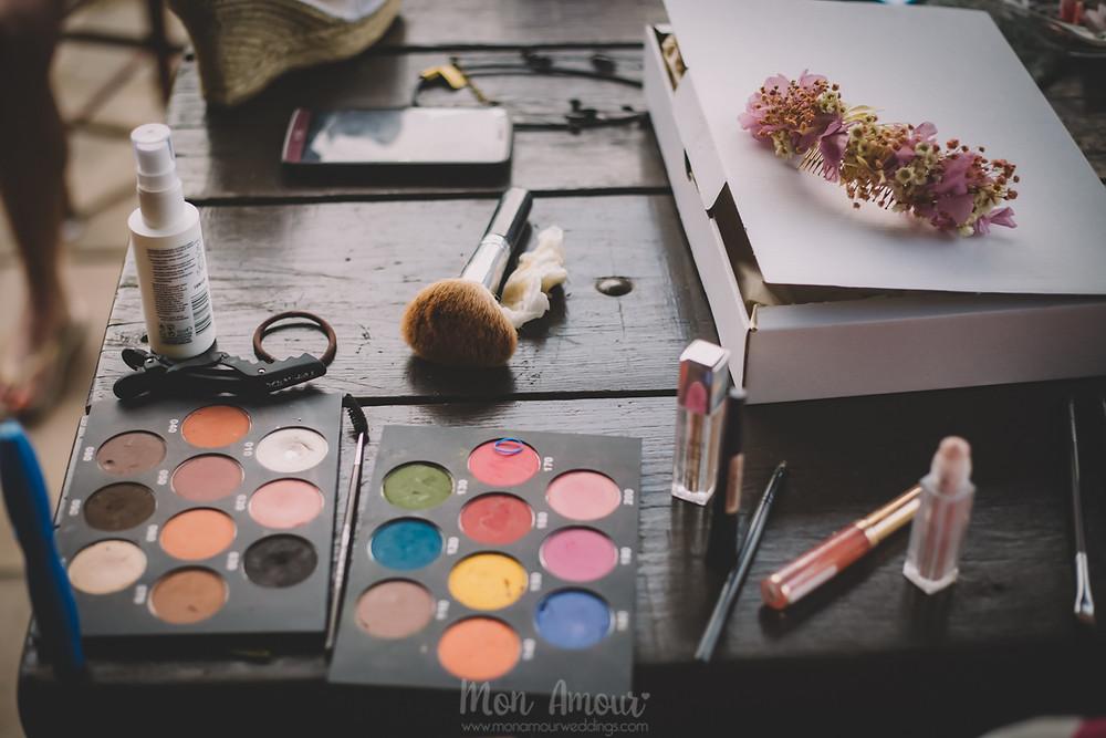 Boda de verano en Vinyes Grosses, maquillaje y peluquería por La Pelu de la Tina  - Fotografía de bodas natural en Barcelona - Mon Amour Wedding Photography
