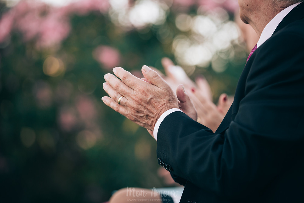 Boda íntima familiar en Can Pardal, decoración Wyz Style, Raquel y Ana Maquillaje, Lovely Novias Castelldefels,- Fotografía natural de bodas en Barcelona, Mon Amour Wedding Photography