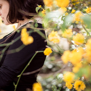 Sesión premamá ♥ Esperando a Martí entre flores
