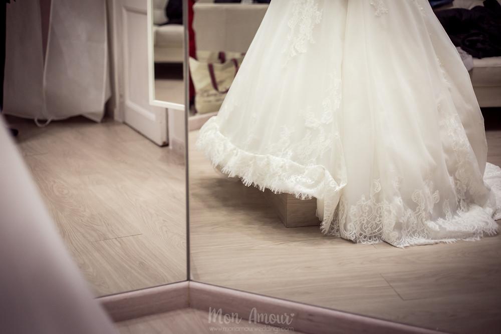Bride's Look, reportaje prueba de vestido de novia en la modista de Balart Núvies, fotografía natural de bodas en Barcelona - Mon Amour Weding Photography by Mònica Vidal