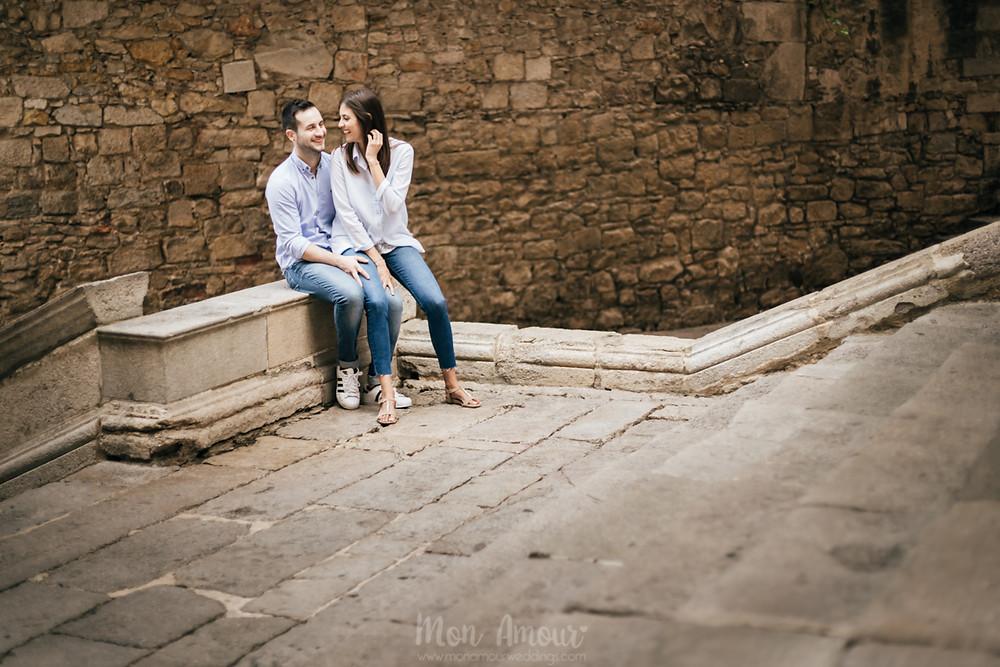 Preboda en Girona al amanecer, fotografía natural de bodas en Catalunya - Mon Amour Wedding Photography by Mònica Vidal