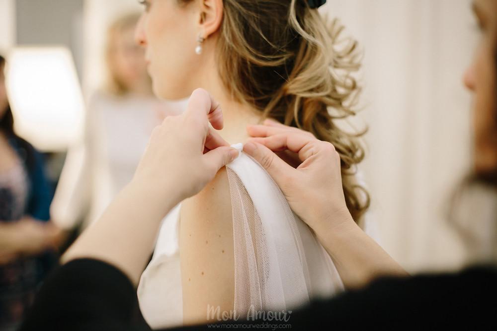 Reportaje de prueba de vestido, Bride's Look, en Jordi Anguera, el Tocador de la Novia, fotografía natural de bodas en Barcelona, Mon Amour Wedding Photography by Mònica Vidal