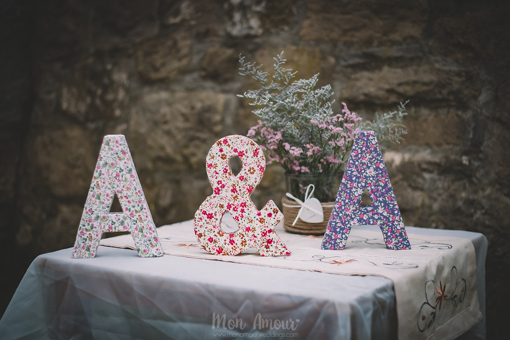 Boda de verano en Vinyes Grosses, decoración  - Fotografía de bodas natural en Barcelona - Mon Amour Wedding Photography