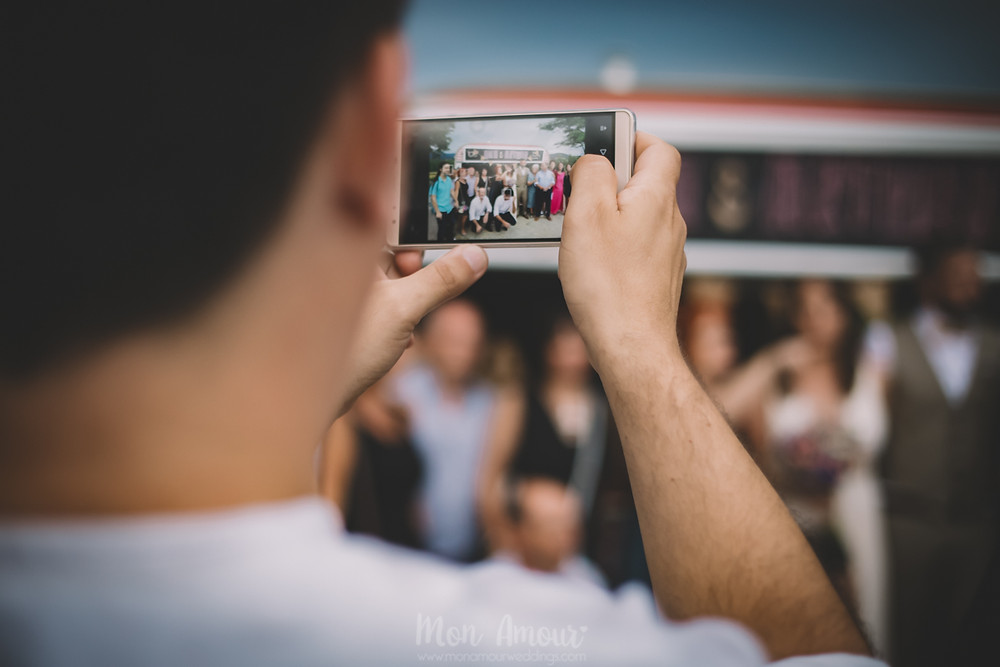 Boda de verano en Vinyes Grosses, cátering de El Graeller Rialler  - Fotografía de bodas natural en Barcelona - Mon Amour Wedding Photography