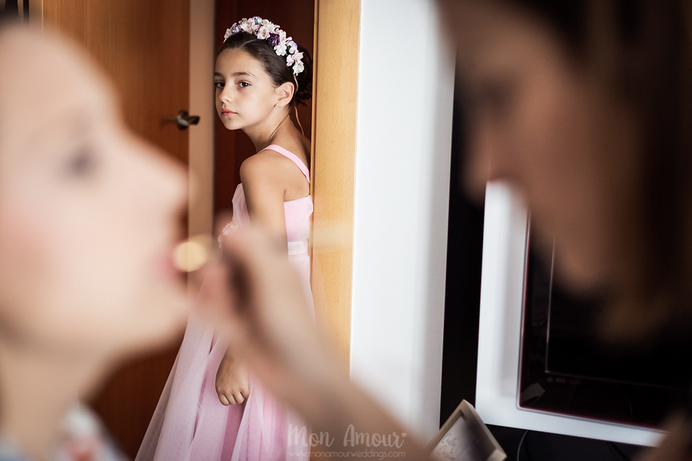 Boda de verano, vestido de novia de Rosa Clará, fotografía natural de bodas en Barcelona - Mon Amour Wedding Photography by Mònica Vidal