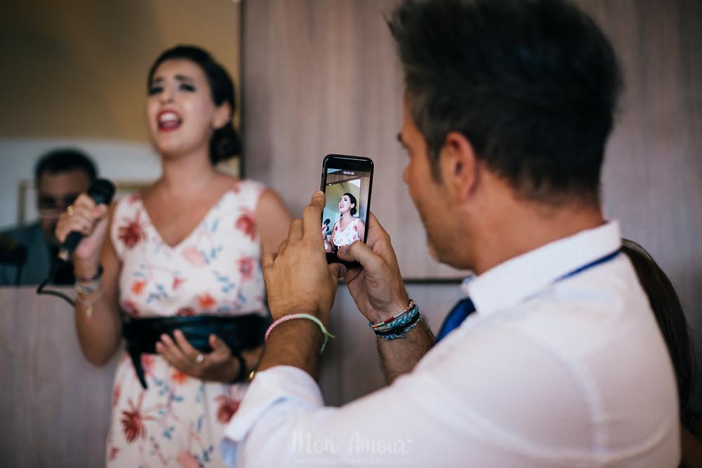 Boda La Cucanya, Vilanova i la Geltrú, vestido de novia de Teresa Palacios, La Furgoneta Azul, Fotografía de bodas natural en Barcelona, Mon Amour Wedding Photography by Mònica Vidal