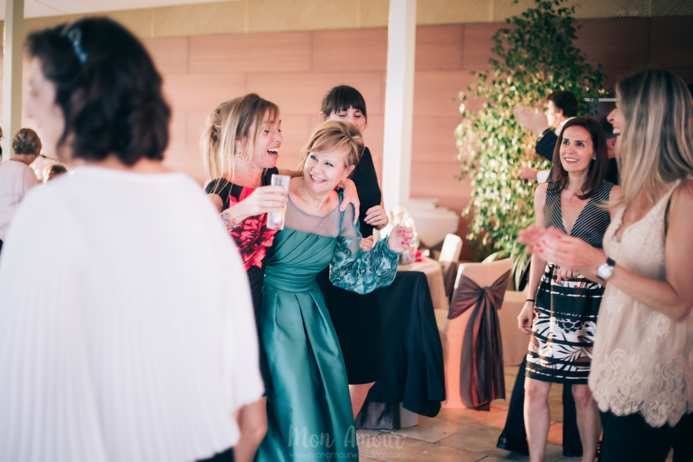 Boda en Mas Can Ferrer, vestido de novia de St Patrick - Fotografía natural de bodas en Barcelona - Mon Amour Wedding Photography