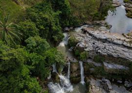 Vue aérienne de la cascade