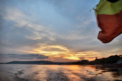 Coucher de soleil sur le fleuve Congo