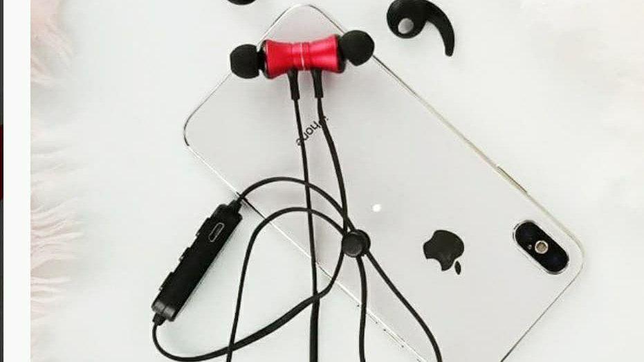 Wireless Sports Magnetic Headphones