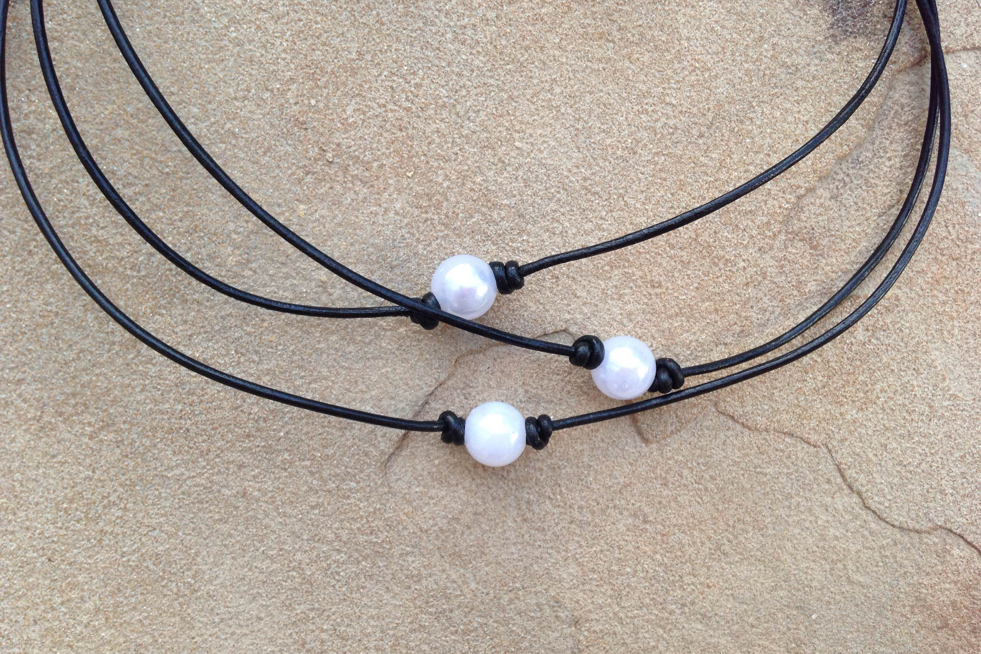 Leather Single Pearl Necklace