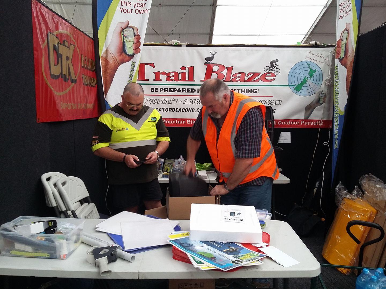 John Munro & Rob Hall setting up
