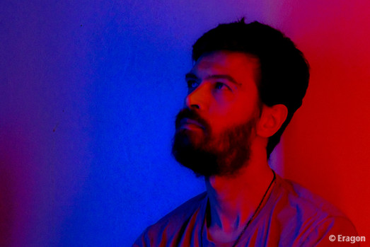 autoportrait tout en couleur