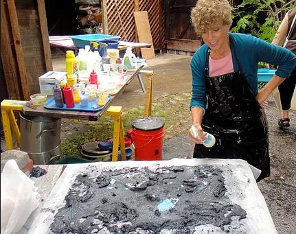 'From Trash to Treasure' Artisan Del Foxton says Art is Transformative