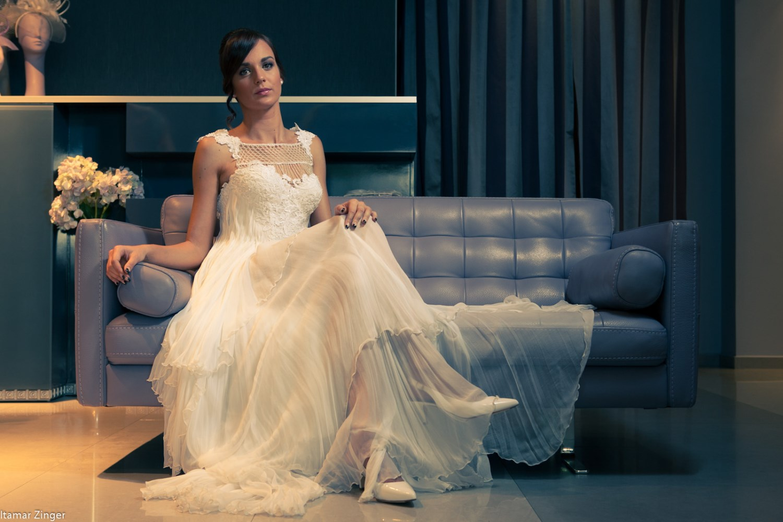 wedding dress valentina silk lace swarovski front sitting down שמלות כלה ולנטינה