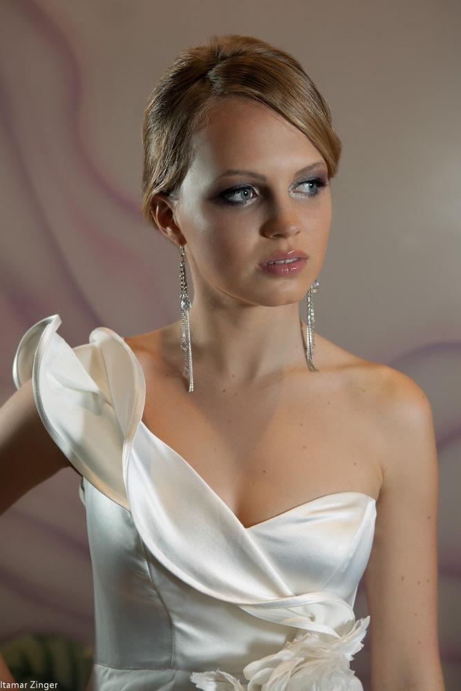 שמלות כלה ולנטינה וולאנים שיפון גב חשוף נשפכת weddidng dresses valentina chiffon