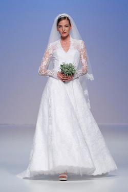 valentina_wedding_gowns_Cymbeline_1.jpg
