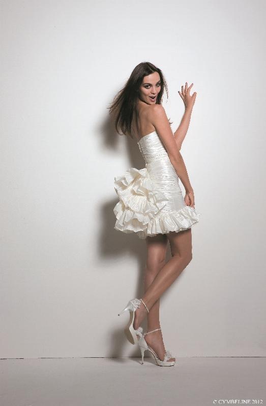 valentina_wedding_gowns_Cymbeline_10.jpg