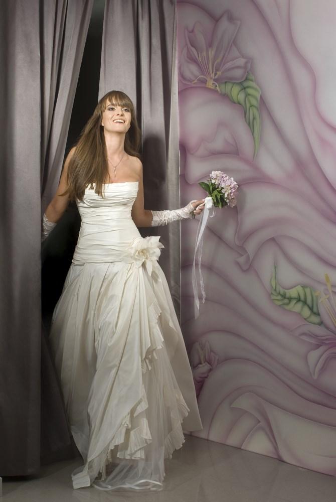 Valentina wedding dress Lotus corset armani silk layers ולנטינה שמלת כלה לוטוס מ