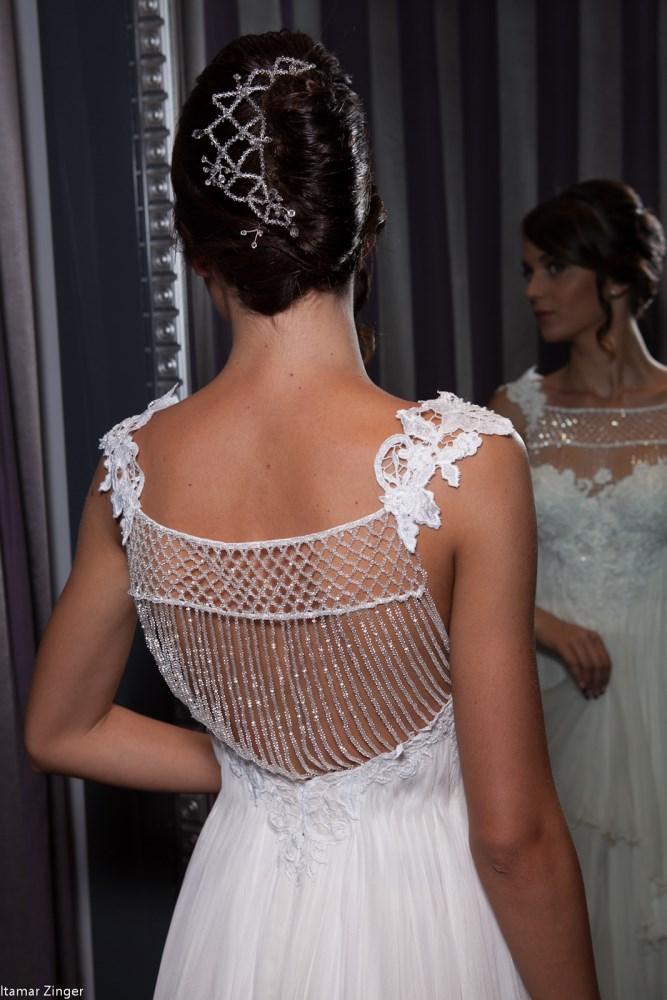 wedding dress valentina silk lace swarovski back שמלות כלה ולנטינה משי ותחרה סוו