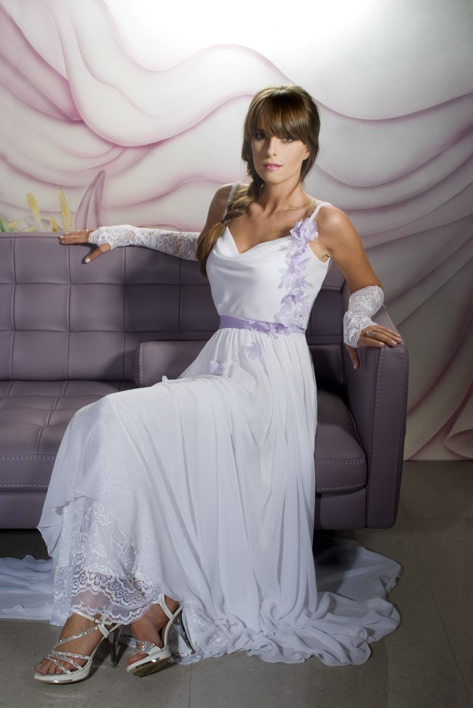 Valentina Wedding dress Iris Chiffon with flowers open lace back front - ולנטינה