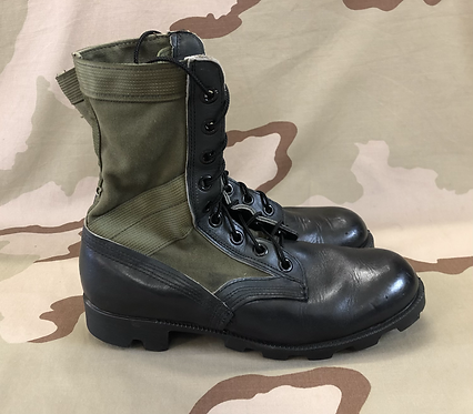 US Military Vintage Green Jungle Boots - 8 Regular