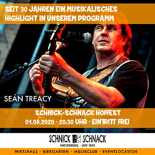 """Seán Treacy, der Ire aus Kilkenny, der nun seit über 30 Jahren in Deutschland lebt, ist sowohl durch seine markante Stimme als auch durch sein virtuoses Gitarrenspiel größtenteils im süddeutschen Raum bekannt.  Bereits in den 80er Jahren stand Seán mit bekannten Bands wie den """"Wolfe Tones"""" oder den """"Dubliners"""" in Irland auf der Bühne. Darauf folgten Bühnenauftritte mit Größen wie BAP, Nena, Fish und Pur, um nur einige zu nennen. Heute tritt er sowohl als Solomusiker als auch mit der """"Seán Treacy Band"""" im süddeutschen Raum auf und begeistert seine Fans. Seán hat erstmals schon vor gut 30 Jahren im Biergarten vom Schnick Schnack gespielt, als es damals noch """"Favorit"""" hieß. Am 1.August wird die Uhr mit einem Abendkonzert in diesem legendären Musiklokal wieder zurückgedreht und Seán freut sich darauf, nach langer """"Coronapause"""" wieder für euch spielen zu dürfen!!"""