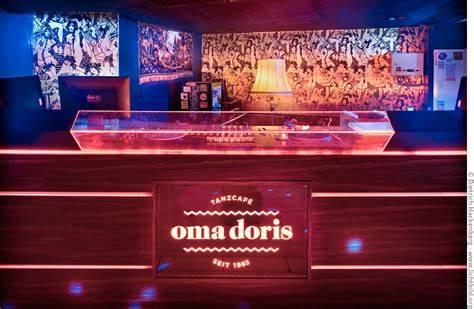 Oma Doris Tanzcafé Eingang, Dortmund