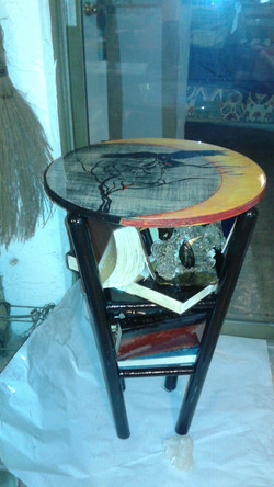 Poe Library Table