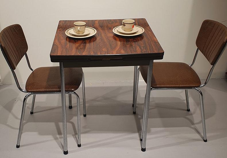 Respatexbord og to stoler (sett)