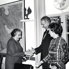 #9 Golda Meir with AJC mission
