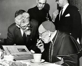 #32 Rabbi Heschel and Cardinal Bea 1963