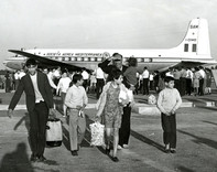 #2 Jewish Refugees from Algeria arrive at airport in France