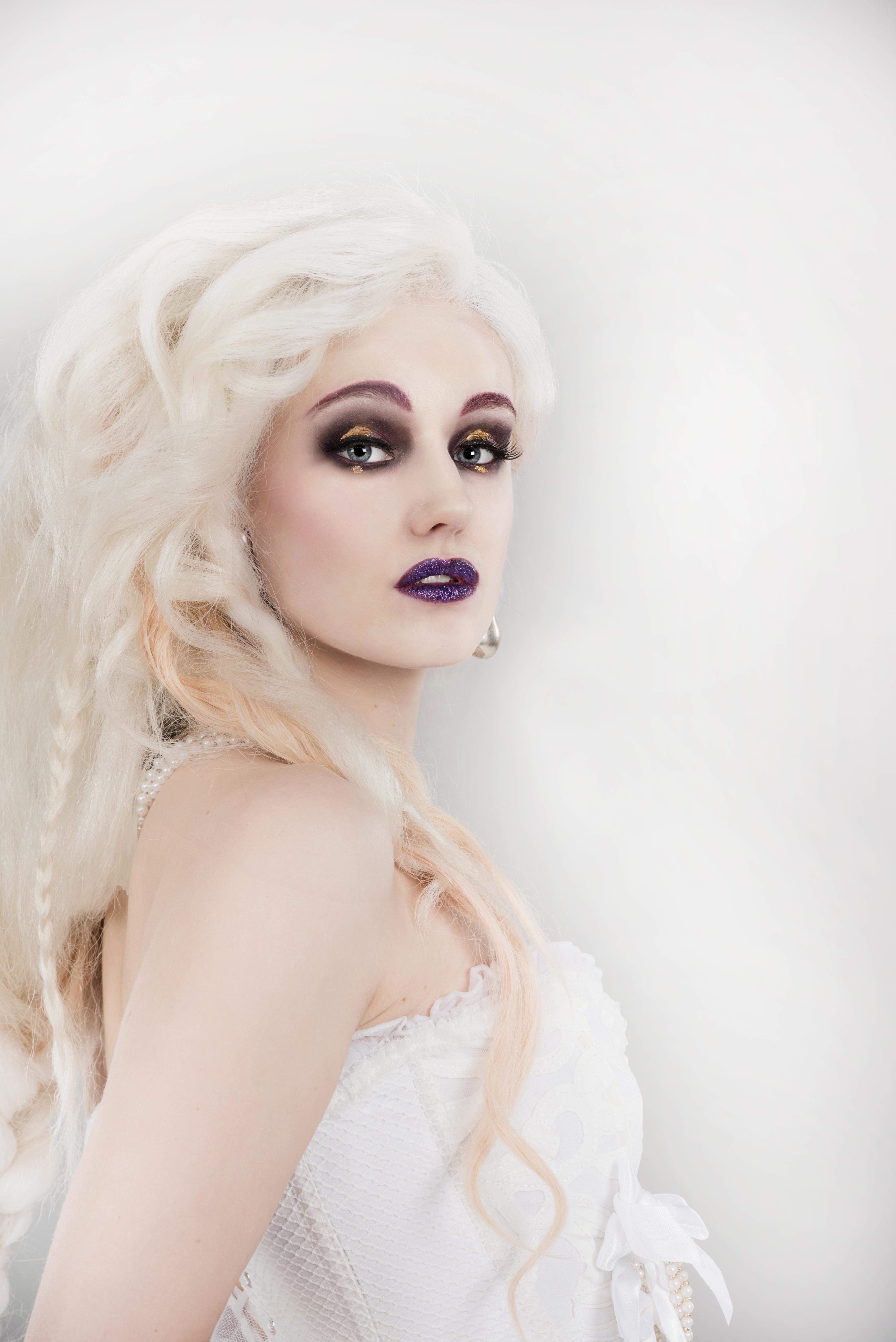 Wig & Make-up